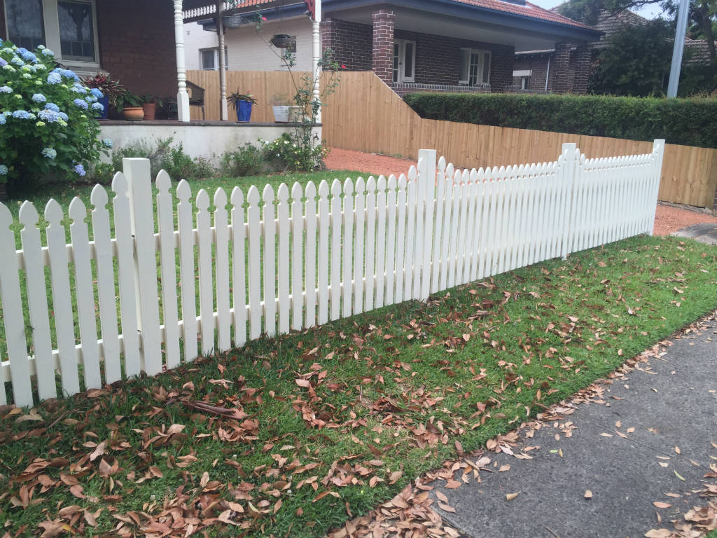 Picket Fencing Sydney Picket Fences Sydney Fence Builders
